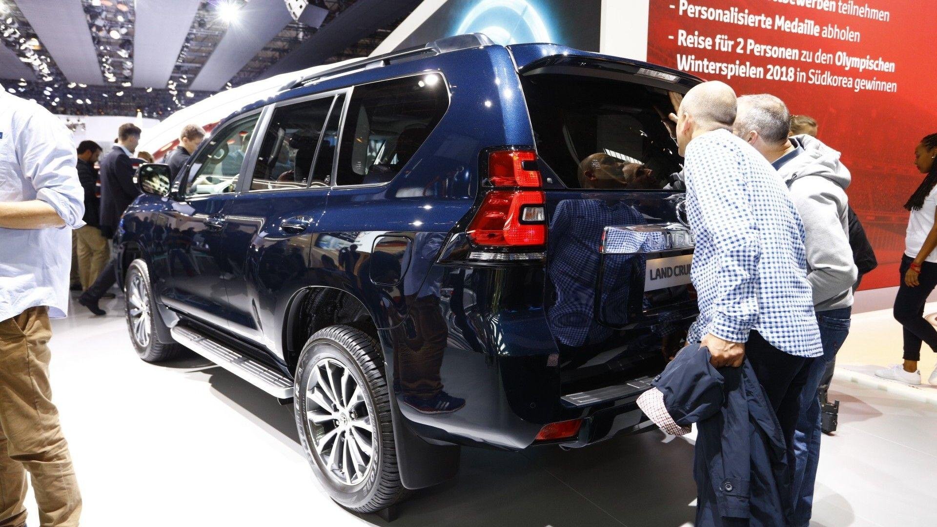 2018 Toyota Land Cruiser Gets New Look Higher Quality Interior Engine