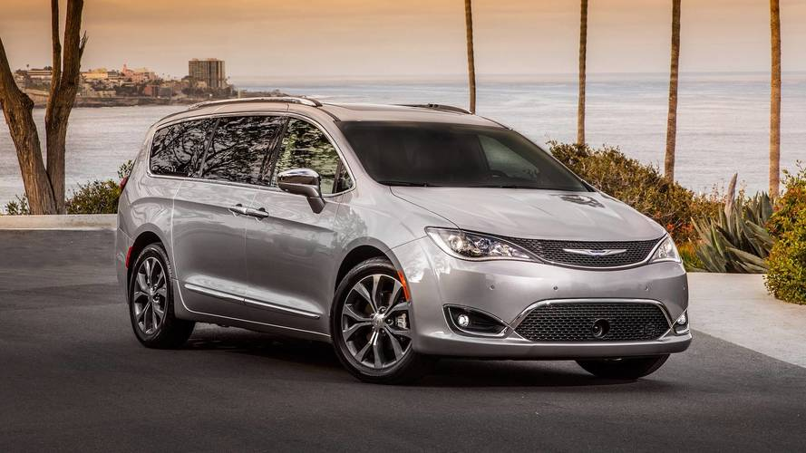 Chrysler Pacifica Rumored To Get All-Wheel Drive