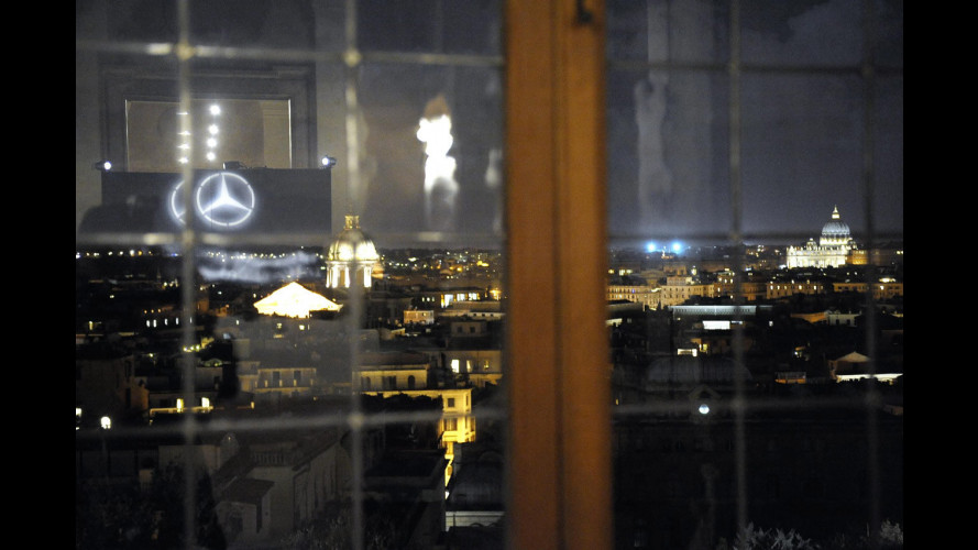 Mercedes in passerella da Berlino a Roma
