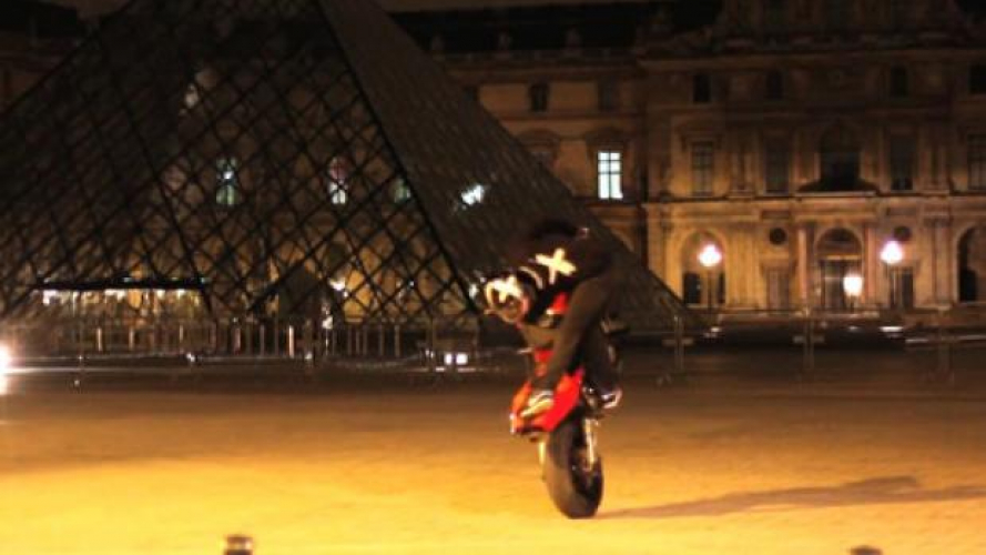 Paris by Night - Stunt the most beautiful places in Paris