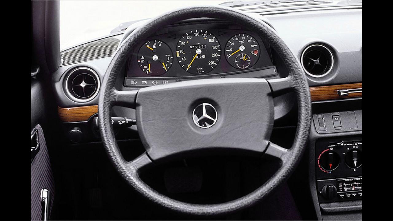 Mercedes W 123 Innenraum