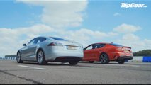 Kia Stinger Drag Races Tesla Model S