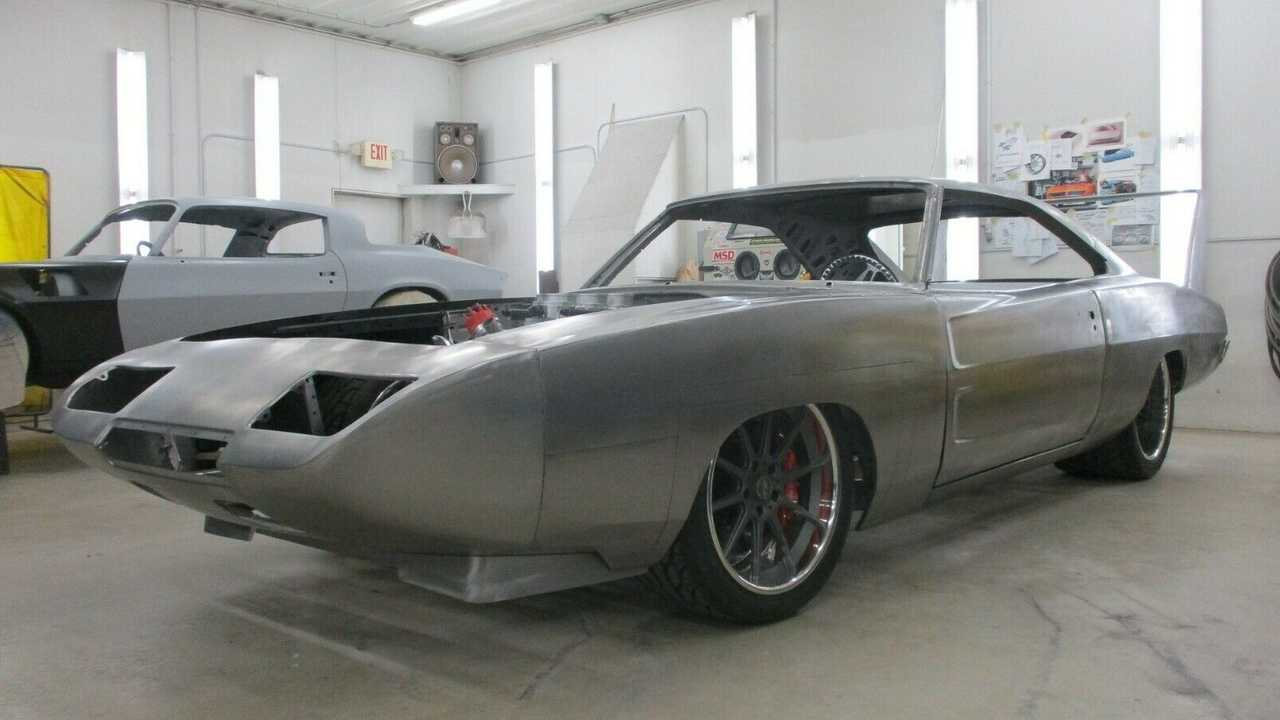 1970 Dodge Charger Daytona Build