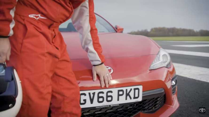 Blind Driver Does Impressive Lap Of Top Gear Track