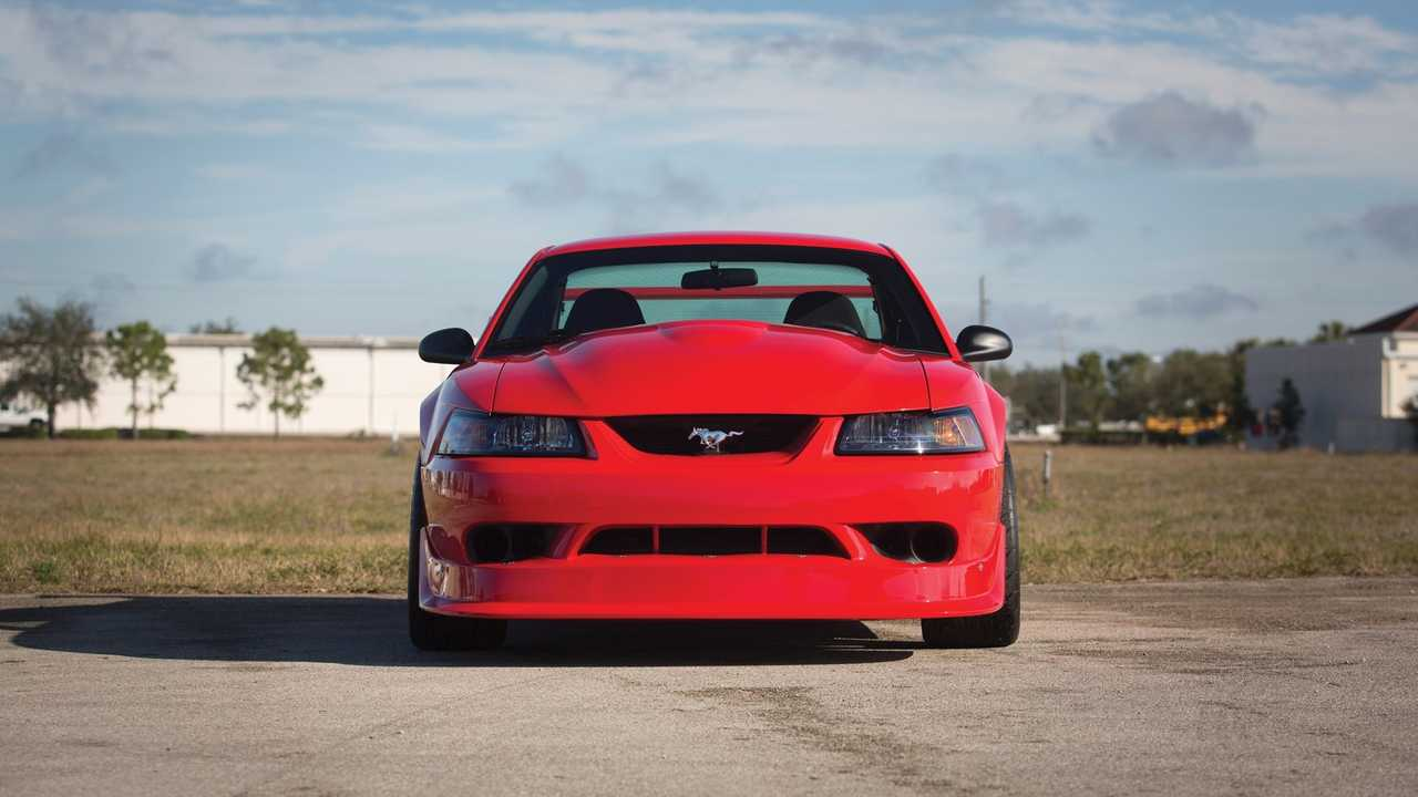 Ford Mustang 2000 Cobra R