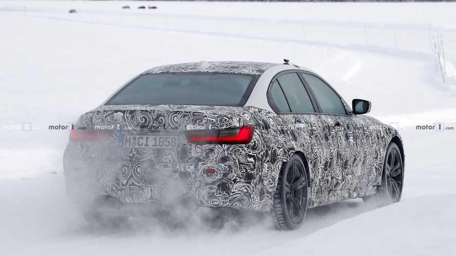 La future BMW M3 poursuit son développement sur la neige