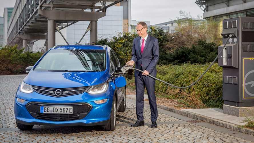 """Opel, a Russelsheim il """"paradiso"""" delle elettriche"""