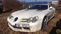 McLaren Mercedes SLR abandonnée