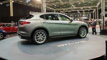 Alfa Romeo Stelvio - 2017 İstanbul Autoshow
