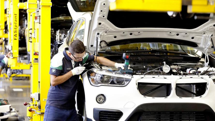 """Acredite se puder - Operários da BMW """"enchem a lata"""" e paralisam linha de montagem"""