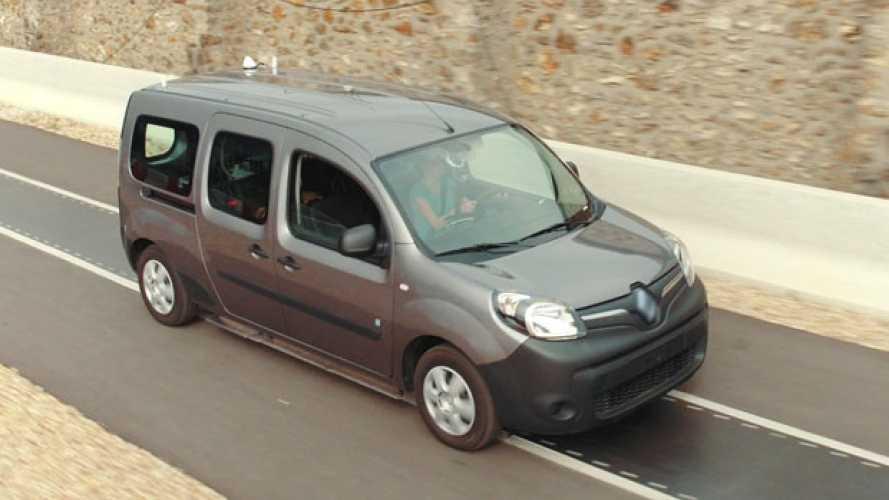 Renault Kangoo Z.E. si ricarica in wireless