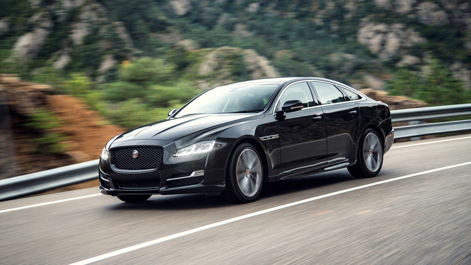 Jaguar Design Boss Talks Next Gen Xj Electric F Type Replacement