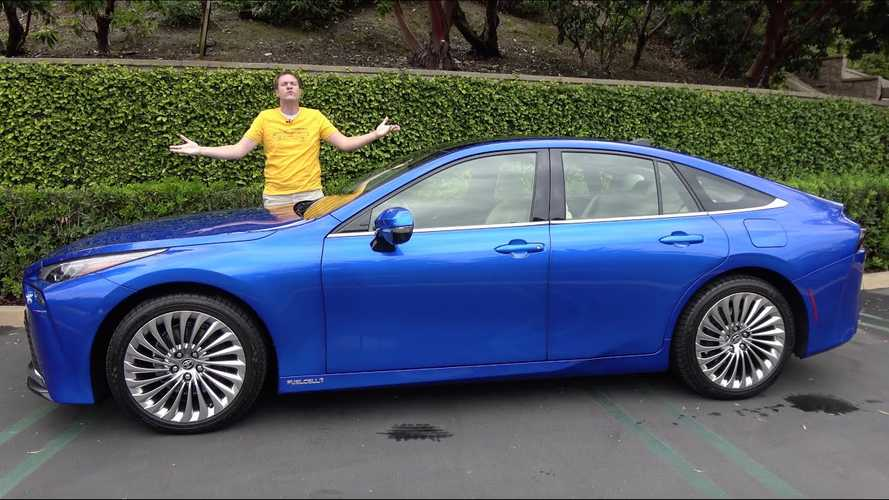 DeMuro Doesn't Find The 2021 Toyota Mirai Lacking In Either Quirks Or Features