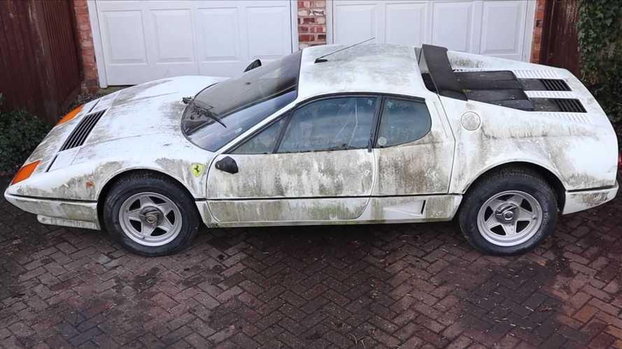 Este Ferrari 512 BBi abandonado queda como nuevo después de un lavado