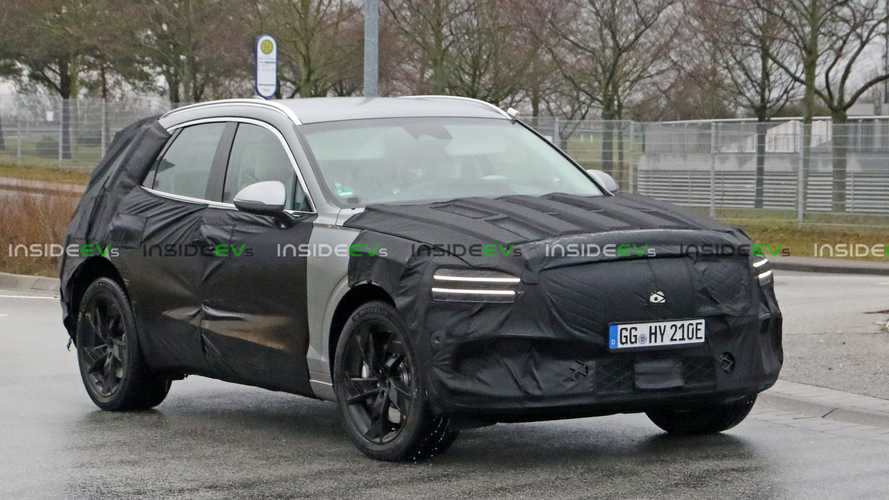 Genesis GV70e Spotted Testing, Could Debut Before The End Of 2021