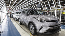 Toyota C-HR üretim bandında