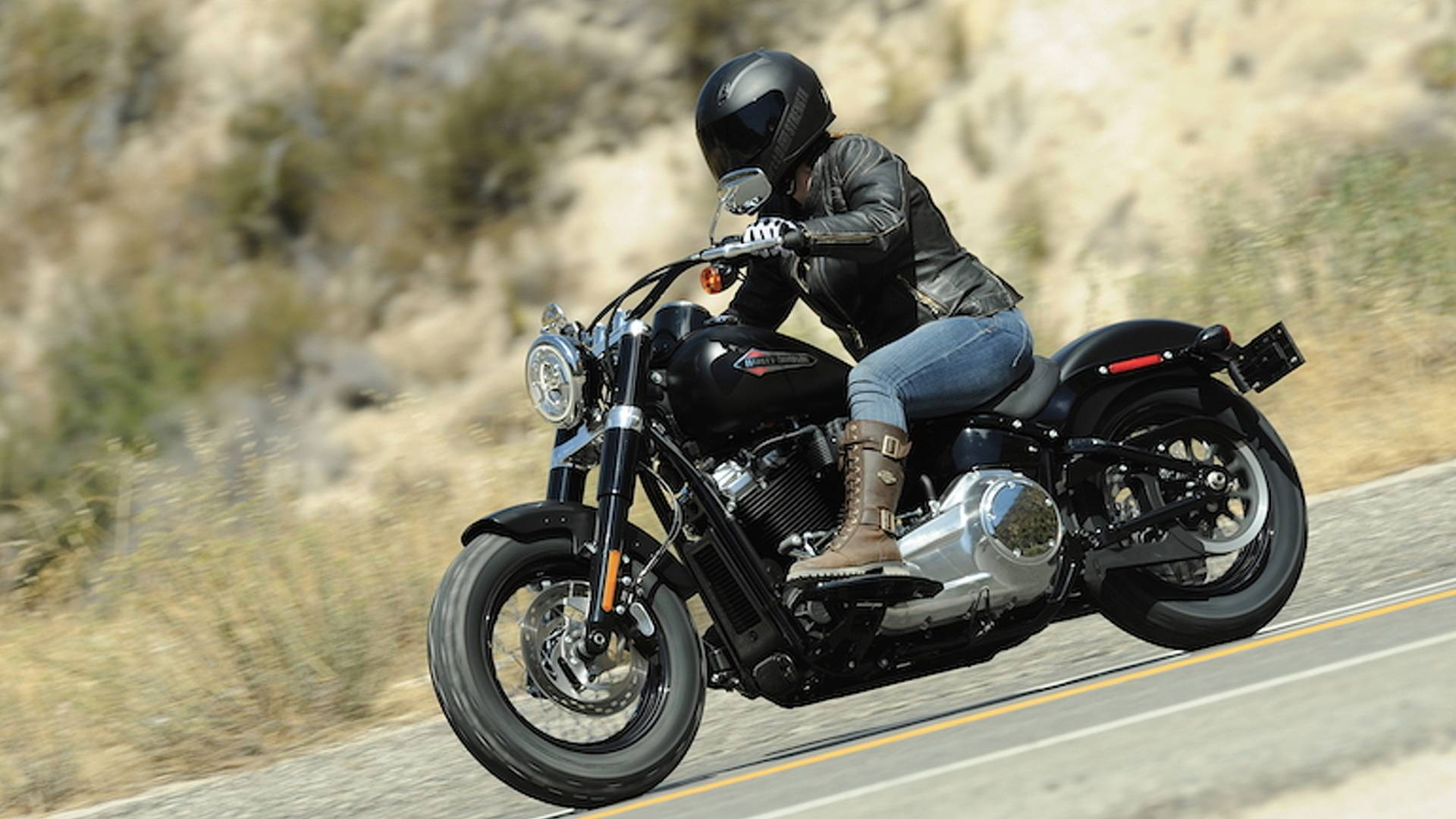 Harley Softail Slim >> First Ride 2018 Harley Davidson Softail Slim