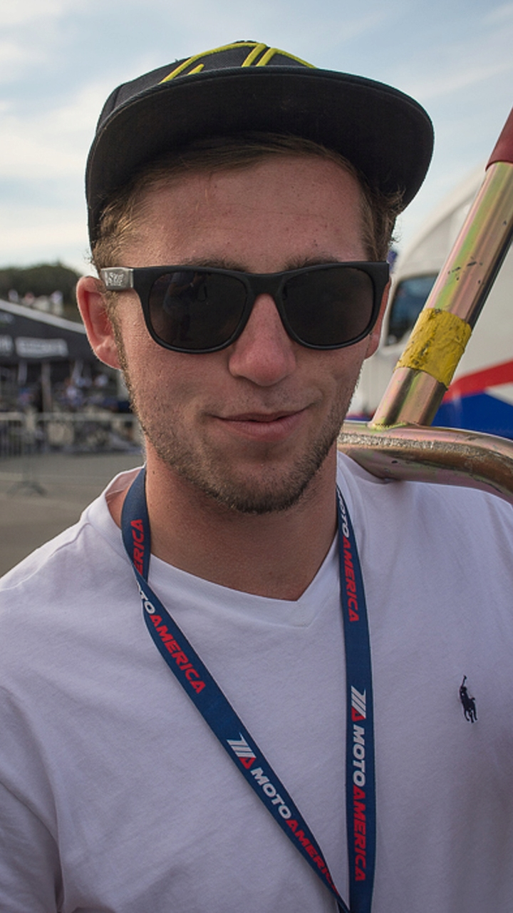 Life as a Privateer: Trackside with MotoAmerica Superstock 1000 racer, Max Flinders