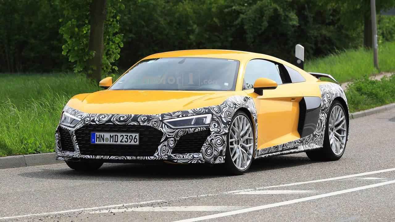 Audi R8 Refresh Spy Photos
