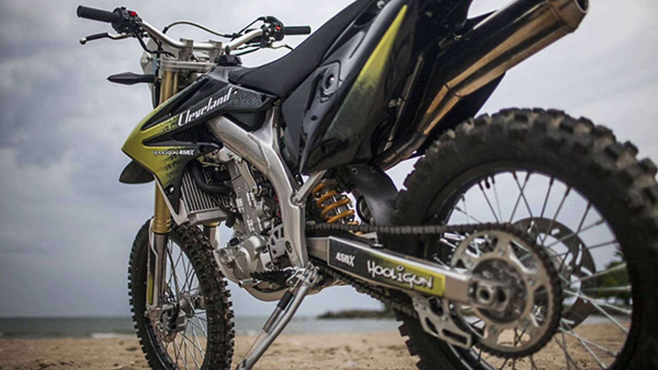 CCW Hooligun: a $6,000, 450cc, liquid-cooled dual-sport