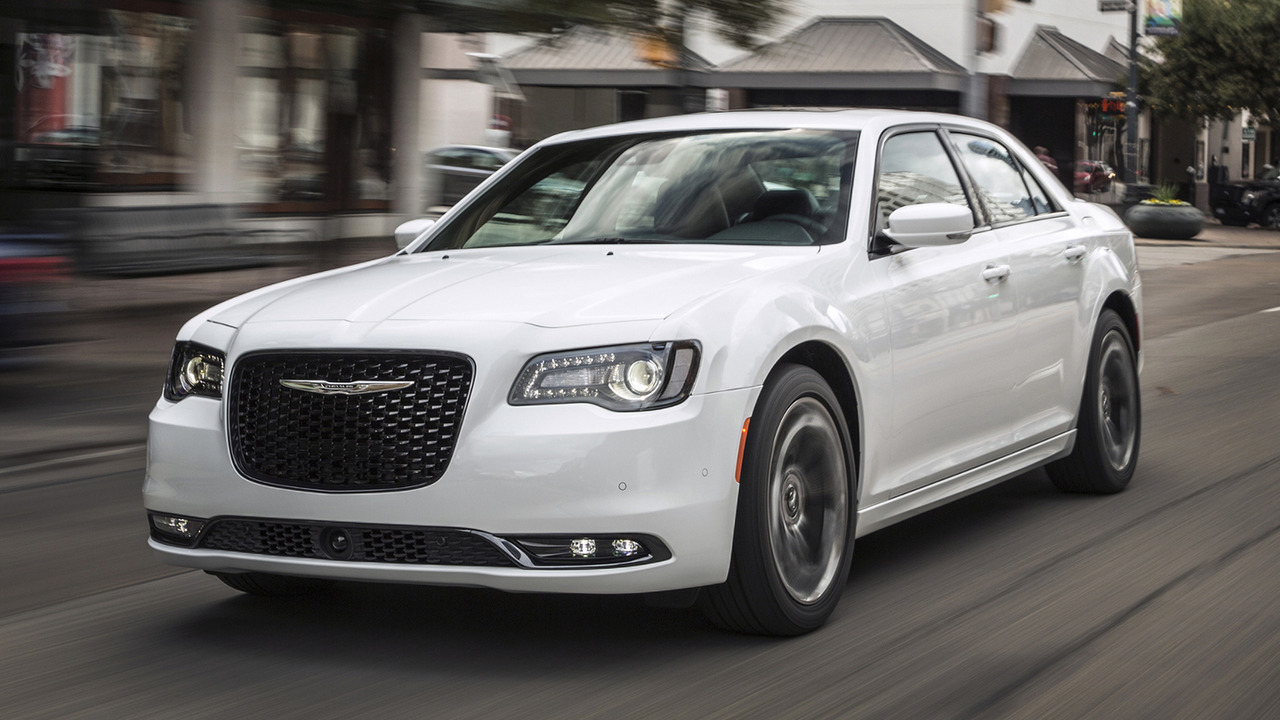 2016 Chrysler 300S