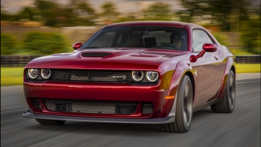 Dodge Challenger SRT Hellcat Widebody, più larga e veloce
