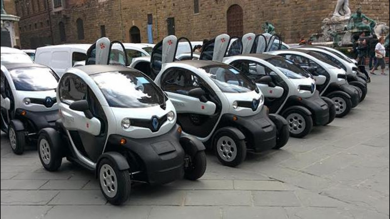 [Copertina] - Firenze sceglie l'elettrico by Renault