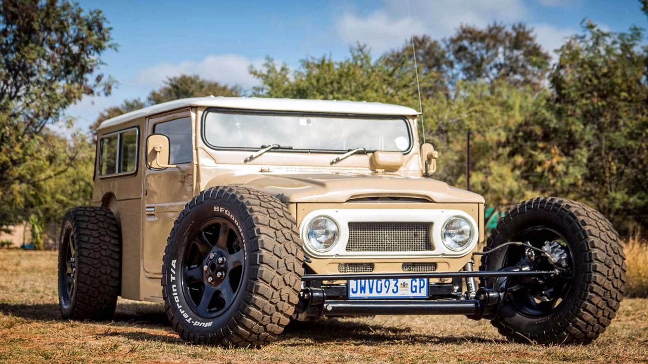 Toyota Land Cruiser FJ40 Hot Rod