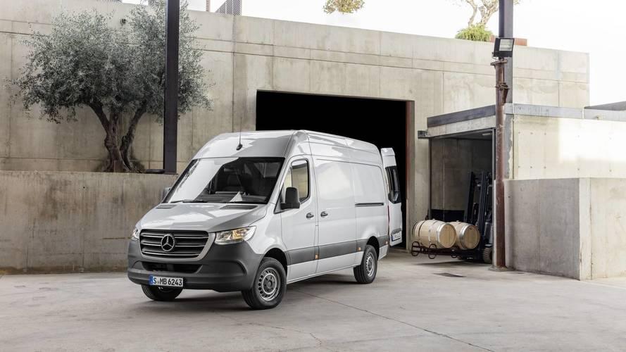 Nova Mercedes-Benz Sprinter será lançada no final do ano
