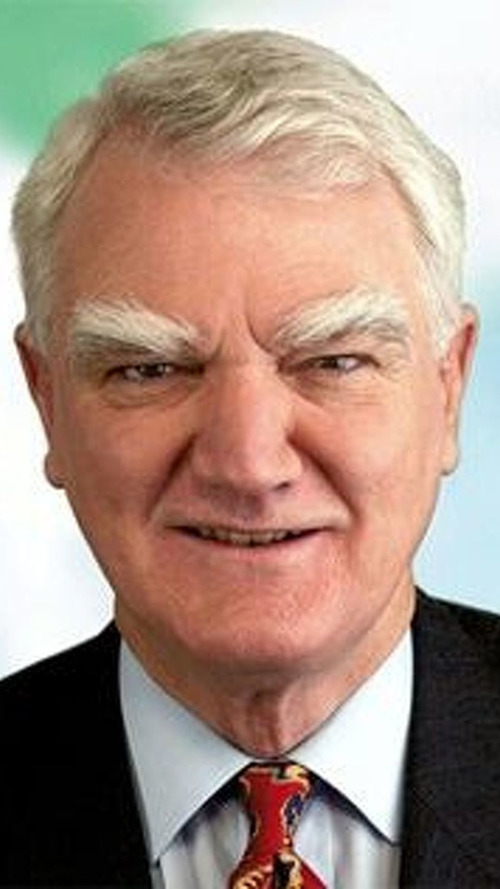 Ex-Shell Boss Lashes at Gas Guzzlers