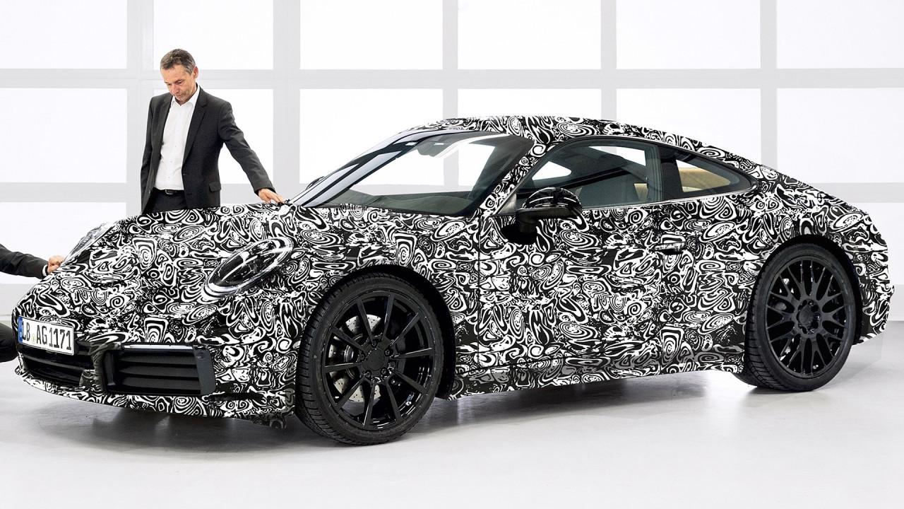 [Copertina] - Nuova Porsche 911, sarà anche ibrida