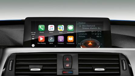 Report: Google Maps And Waze Aren't Fluid in Apple CarPlay