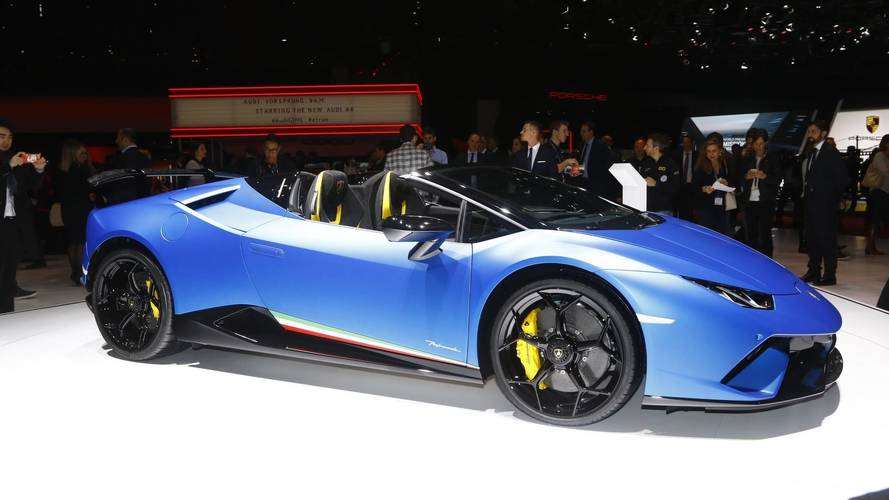 Lamborghini Huracan Performante Spyder, in pista col vento fra i capelli