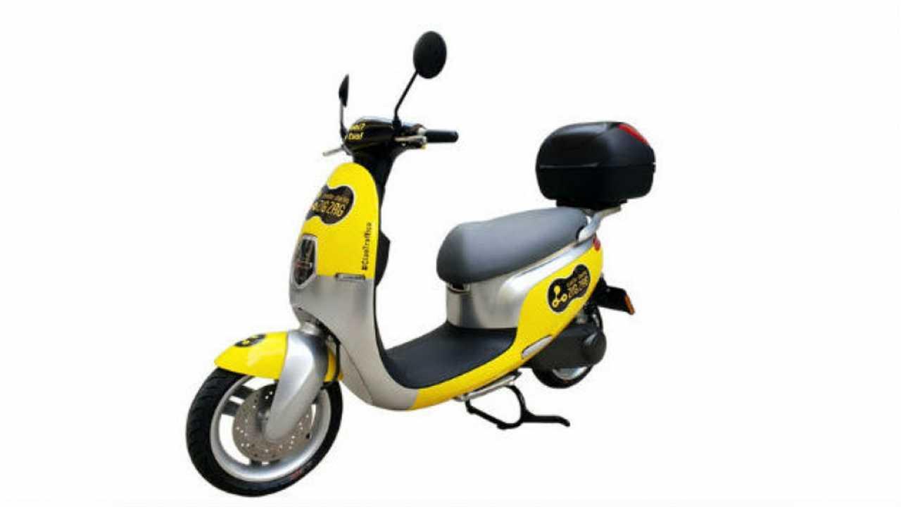 Zig Zag: arriva a Milano lo scooter sharing elettrico