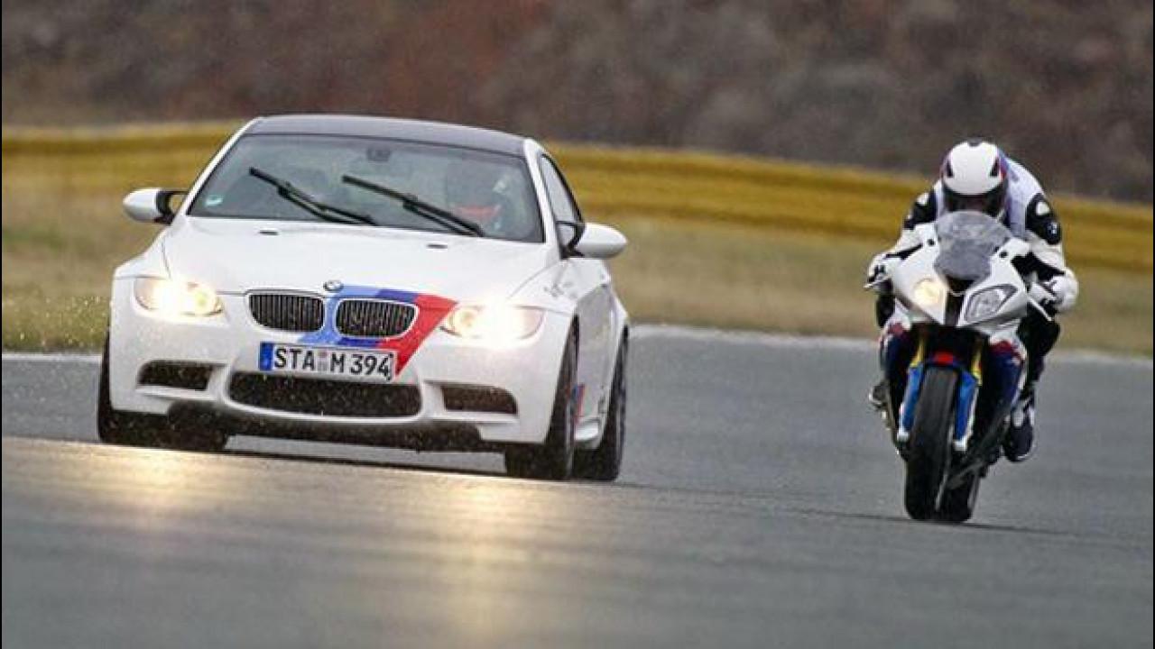 [Copertina] - Moto e bici sono più popolari dell'auto