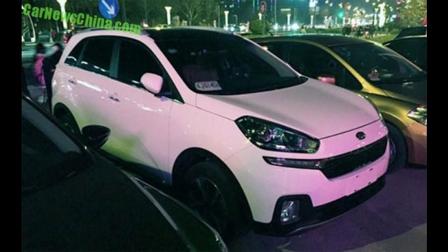 Flagra: Kia KX3, o mini Sportage, aparece em versão de produção