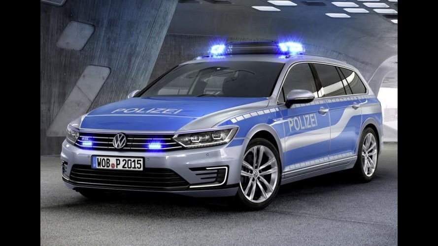 Polícia alemã recebe novo Passat GTE Plug-in Hybrid de 218 cv e 40,7 kgfm