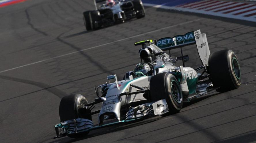 Rosberg appoints himself 'title hunter'