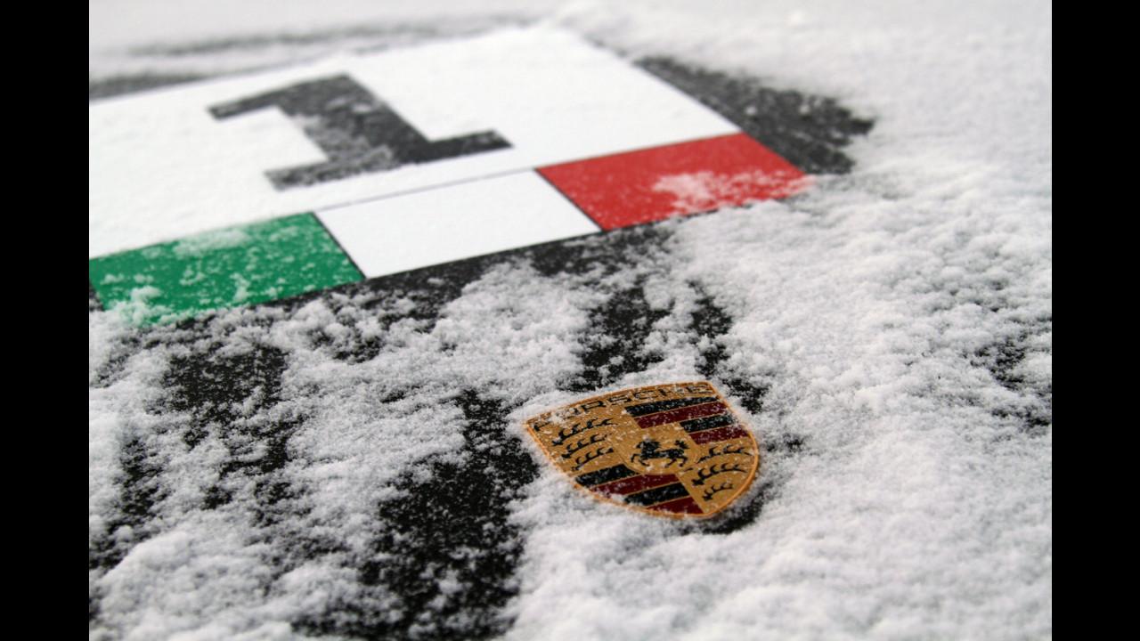 Porsche 911 alla Porsche Sport Driving School Ice 2012