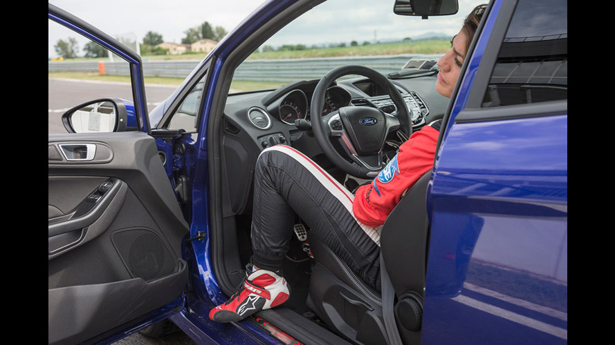 Ford Fiesta ST, il Game4Test con Vicky Piria [VIDEO]