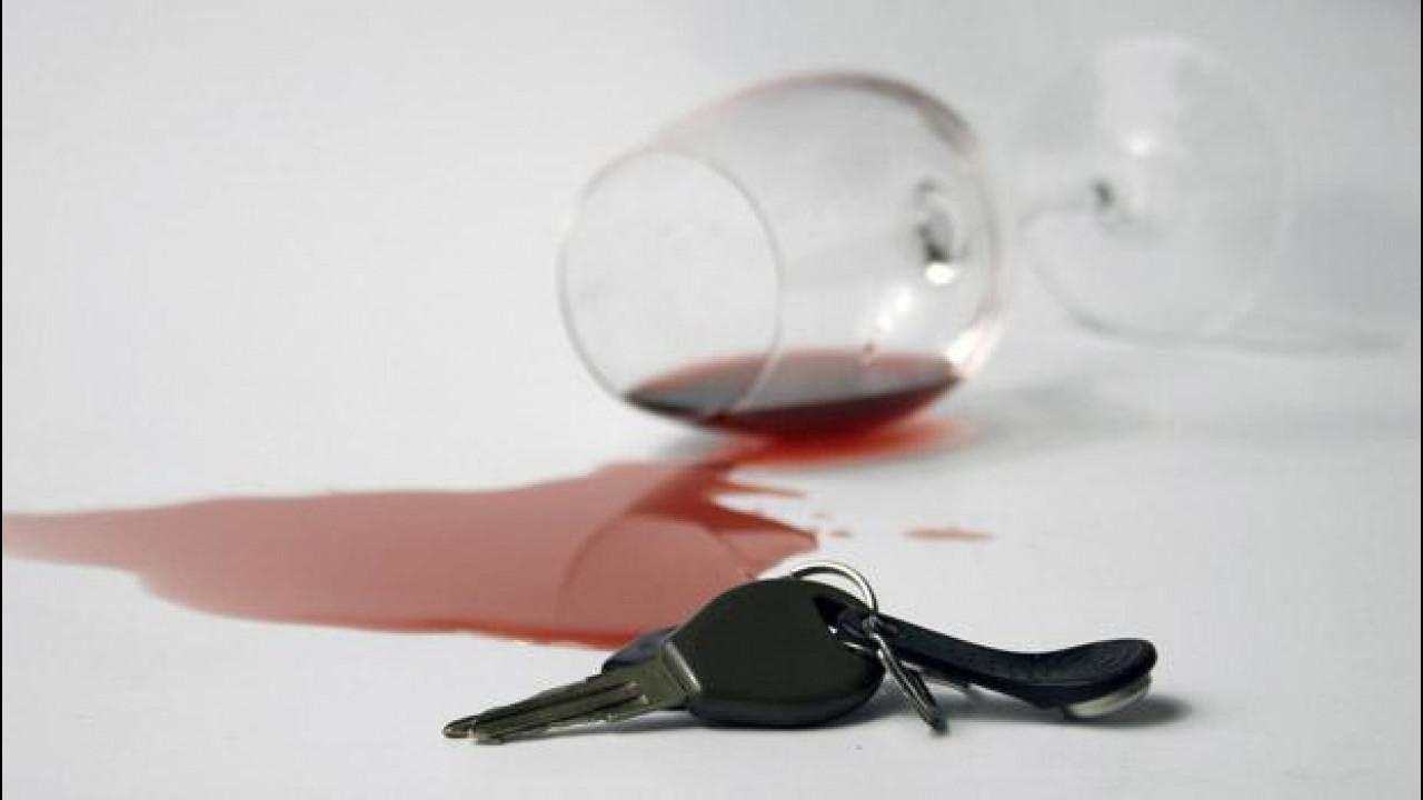 [Copertina] - Omicidio stradale, è di nuovo pressing sul governo