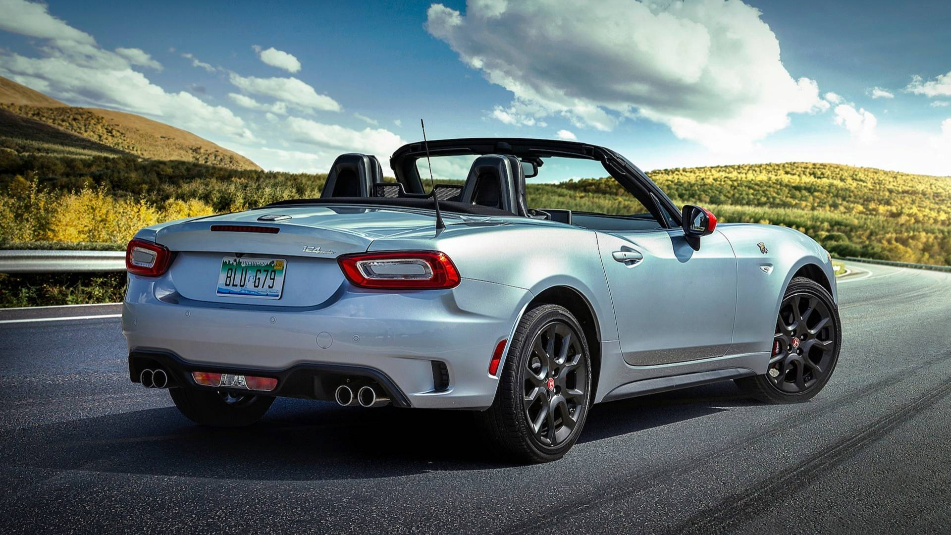 2019 Fiat 124 Spider Is Louder But Neither Faster Nor Stronger