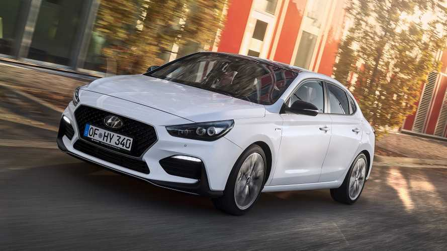 hyundai i30 fastback n line revealed with sporty looks. Black Bedroom Furniture Sets. Home Design Ideas