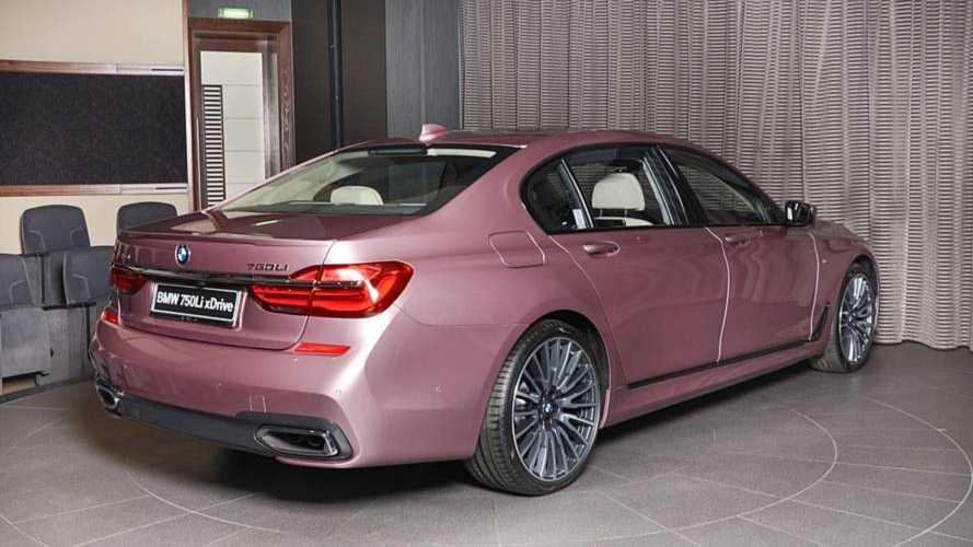 BMW M750Li xDrive Rose Quartz