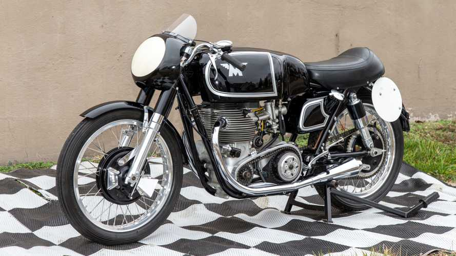 An Extremely Rare Matchless G45 Is Up For Auction Now