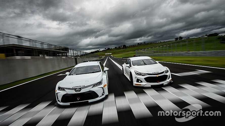 O primeiro teste com os novos Corolla e Cruze da Stock Car 2020