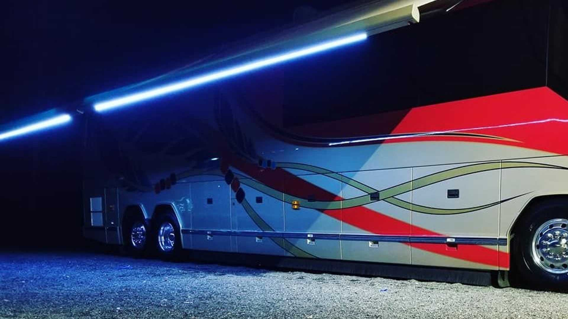 """[""""Hit The Road In This Ultra-Luxurious 2006 Prevost Motor Coach""""]"""