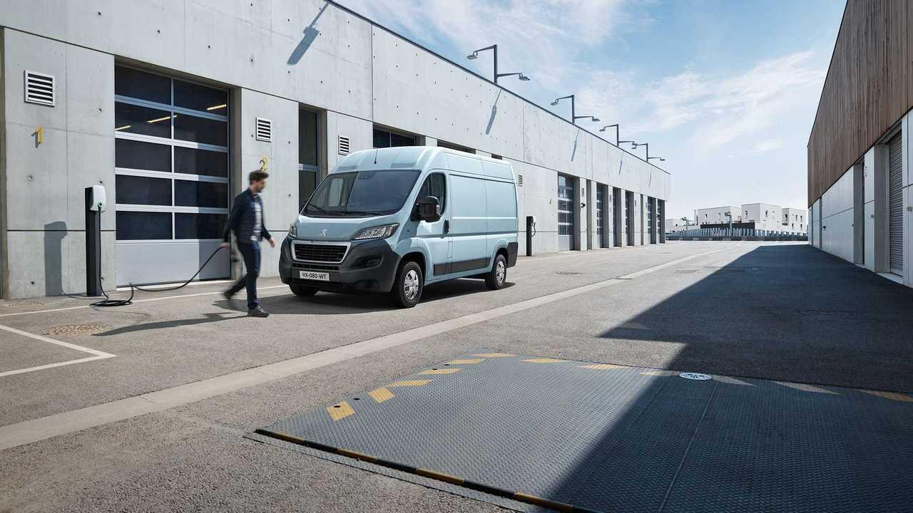 Il nuovo Peugeot e-boxer