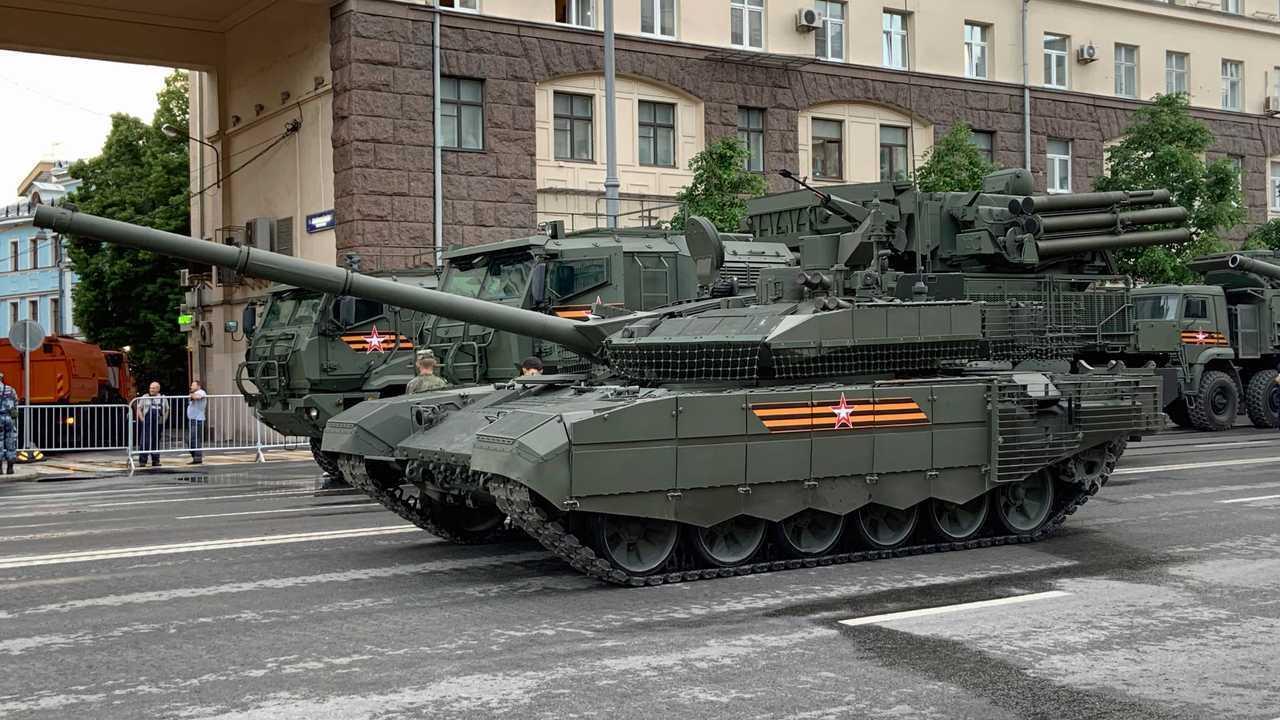 Т-90М «Прорыв» и «Панцирь-СМ»