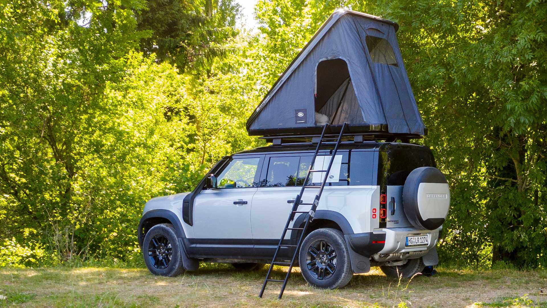 2020 Land Rover Defender Offers Rooftop Naps With Tent Option